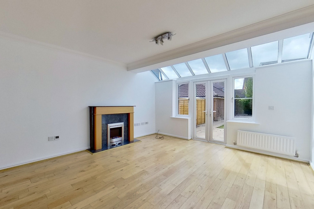 3 bed end of terrace house for sale in Octavian Way, Kingsnorth, Ashford  - Property Image 8