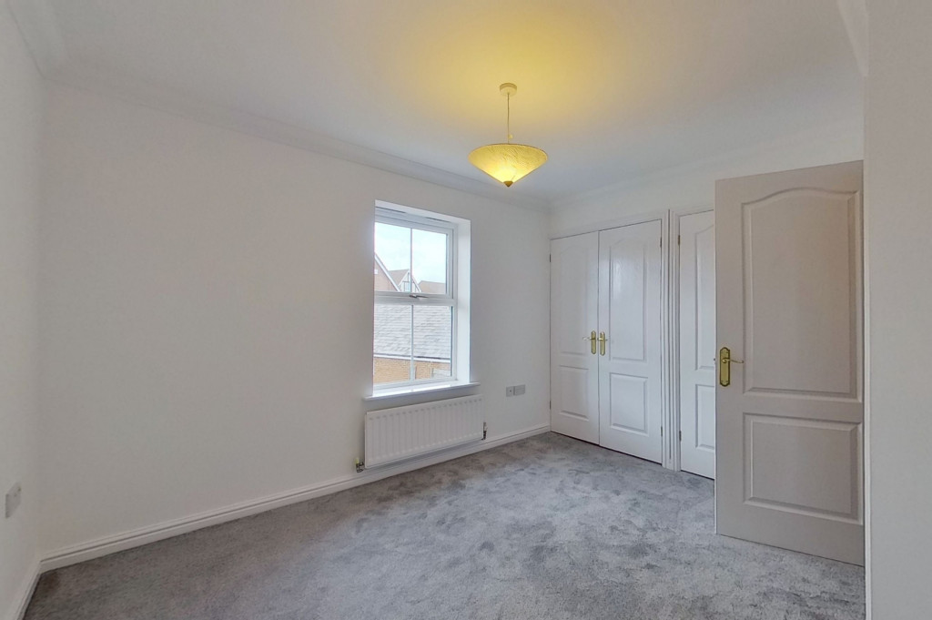 3 bed end of terrace house for sale in Octavian Way, Kingsnorth, Ashford  - Property Image 9