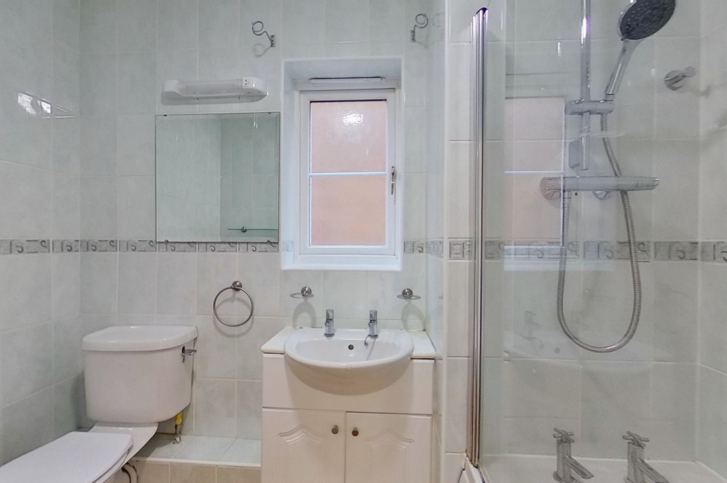 3 bed end of terrace house for sale in Octavian Way, Kingsnorth, Ashford 9