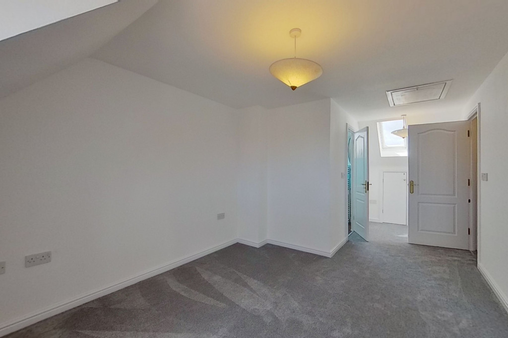 3 bed end of terrace house for sale in Octavian Way, Kingsnorth, Ashford  - Property Image 12