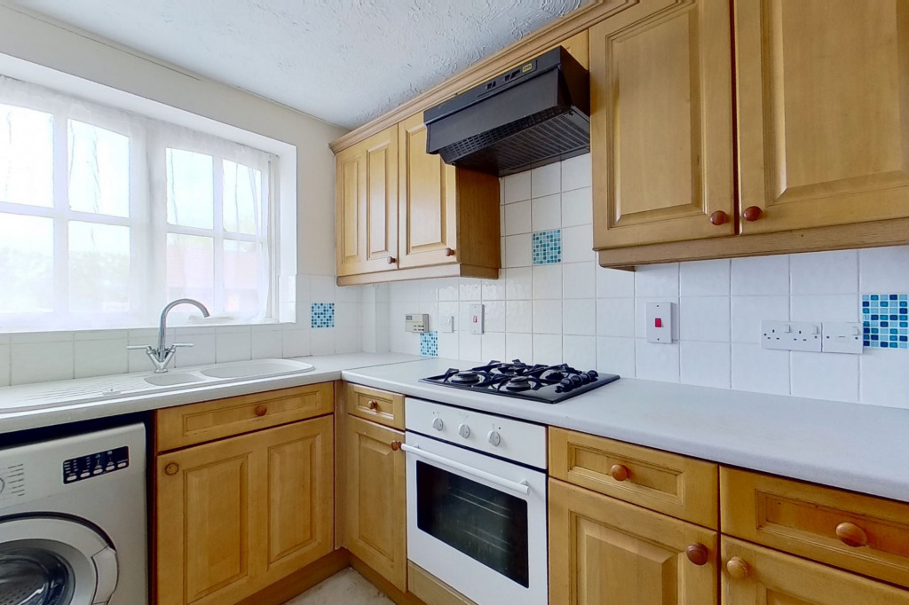3 bed link detached house for sale in Smithy Drive, Kinsgnorth, Ashford 2