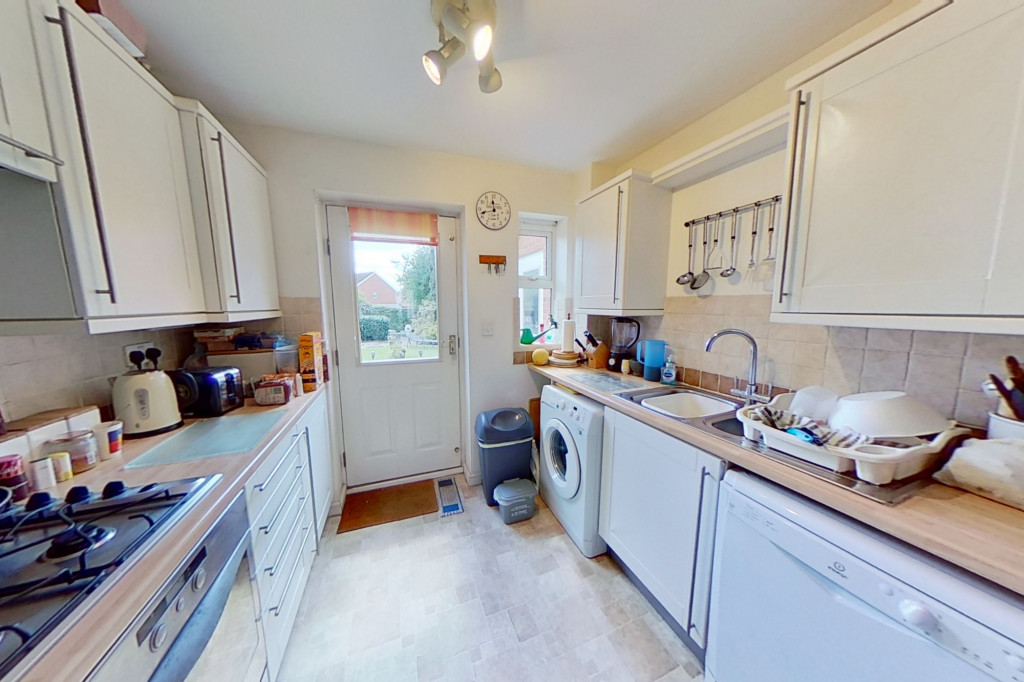 3 bed detached house for sale in Chaffinch Drive, Park Farm, Ashford 4