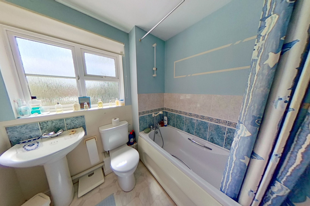3 bed detached house for sale in Chaffinch Drive, Park Farm, Ashford 9