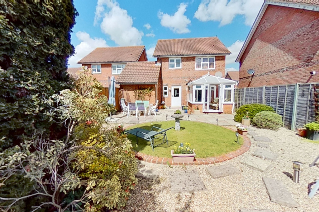 3 bed detached house for sale in Chaffinch Drive, Park Farm, Ashford 13