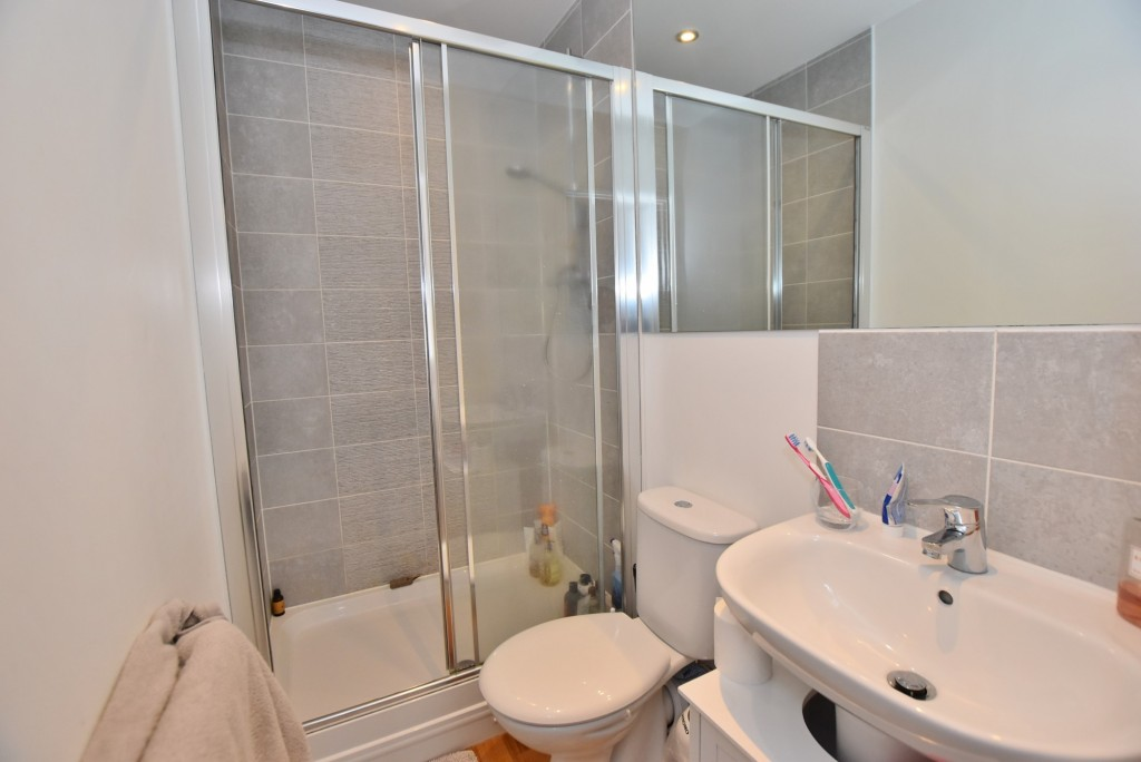 4 bed detached house to rent in Bodiam Avenue, Bridgefield, Ashford  - Property Image 5