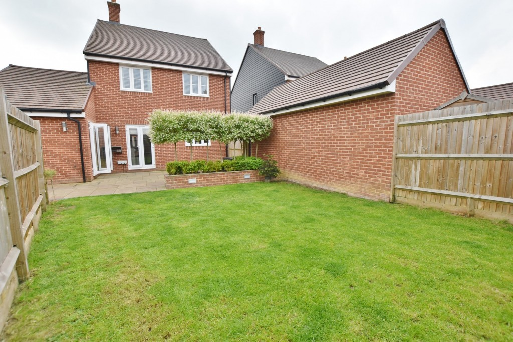 4 bed detached house to rent in Bodiam Avenue, Bridgefield, Ashford  - Property Image 12