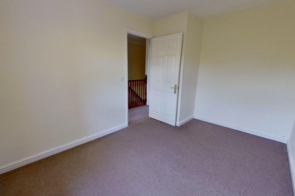 2 bed terraced house for sale in Wood Lane, Kingsnorth, Ashford 4