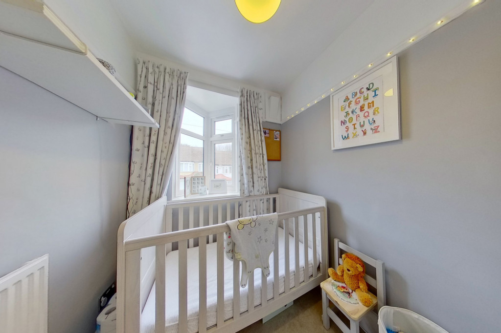 3 bed terraced house to rent in Boundary Road, Chatham  - Property Image 9