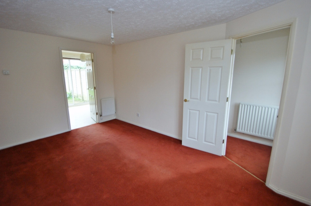 2 bed terraced house for sale in Smithy Drive, Kingsnorth, Ashford 3