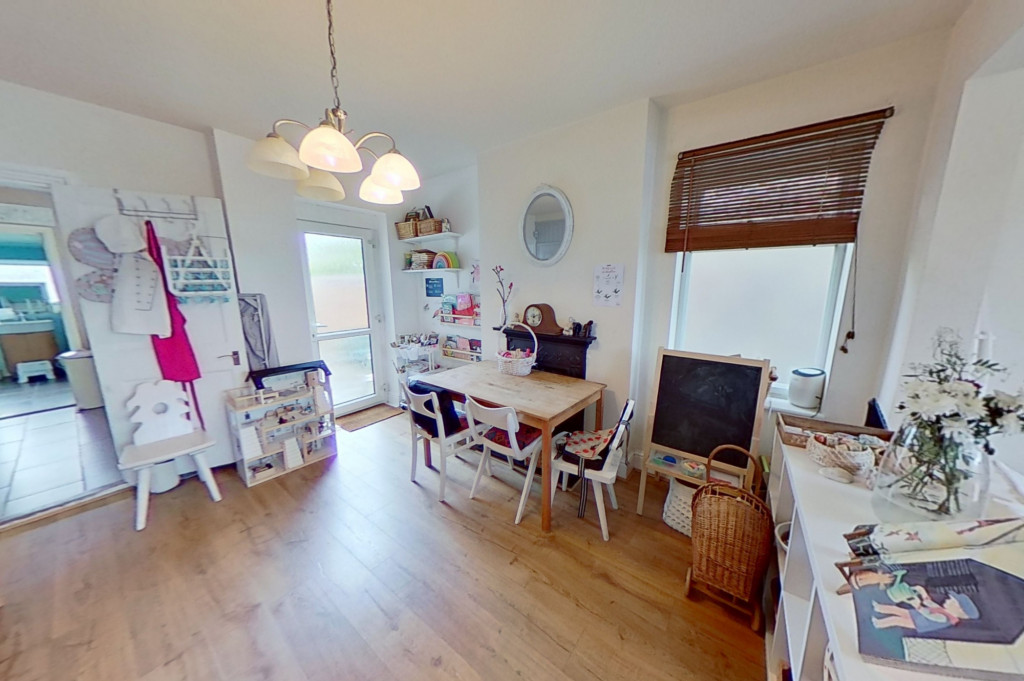 3 bed semi-detached house for sale in Canterbury Road, Willesborough, Ashford 4