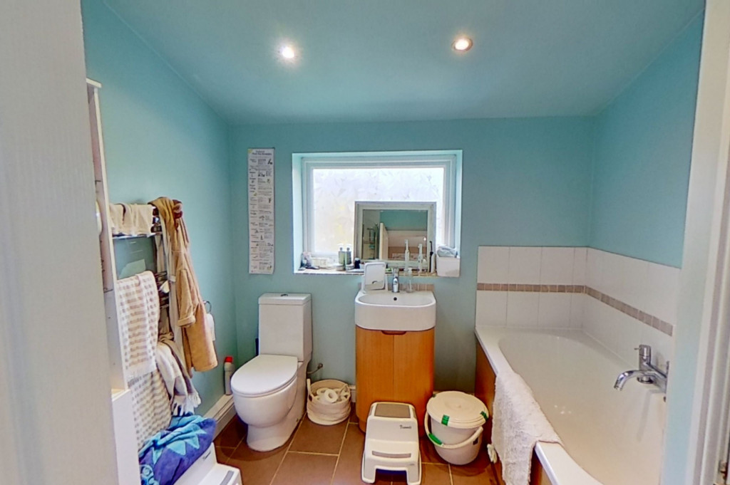 3 bed semi-detached house for sale in Canterbury Road, Willesborough, Ashford 6