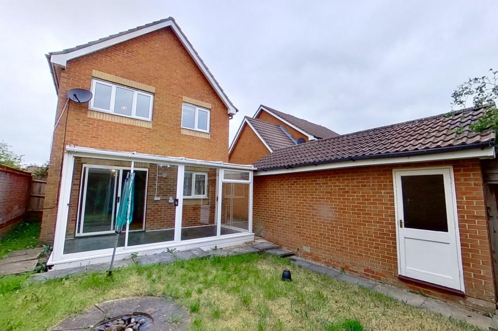 3 bed detached house for sale in Butterside Road, Kingsnorth, Ashford - Property Image 1
