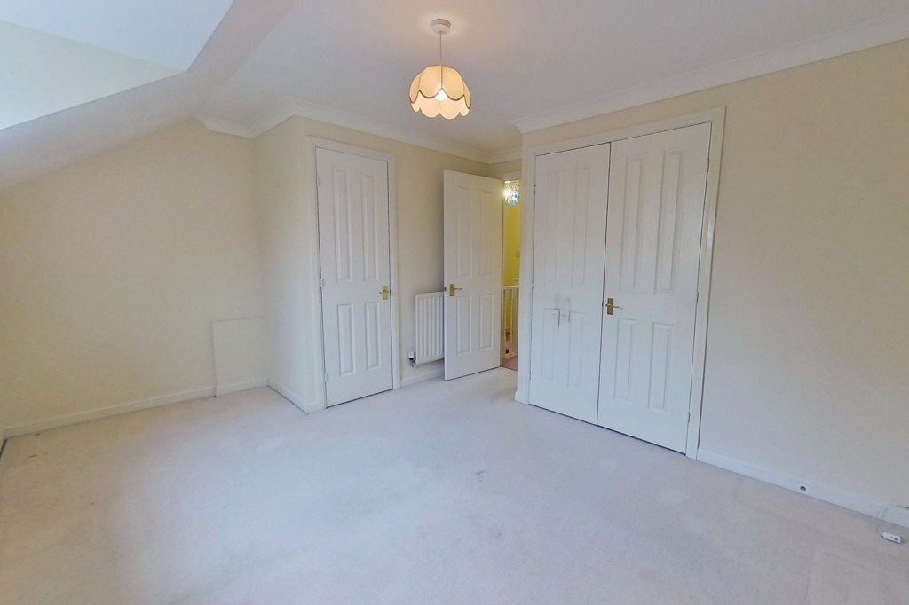 2 bed terraced house for sale in Emperor Way, Kingsnorth, Ashford  - Property Image 4