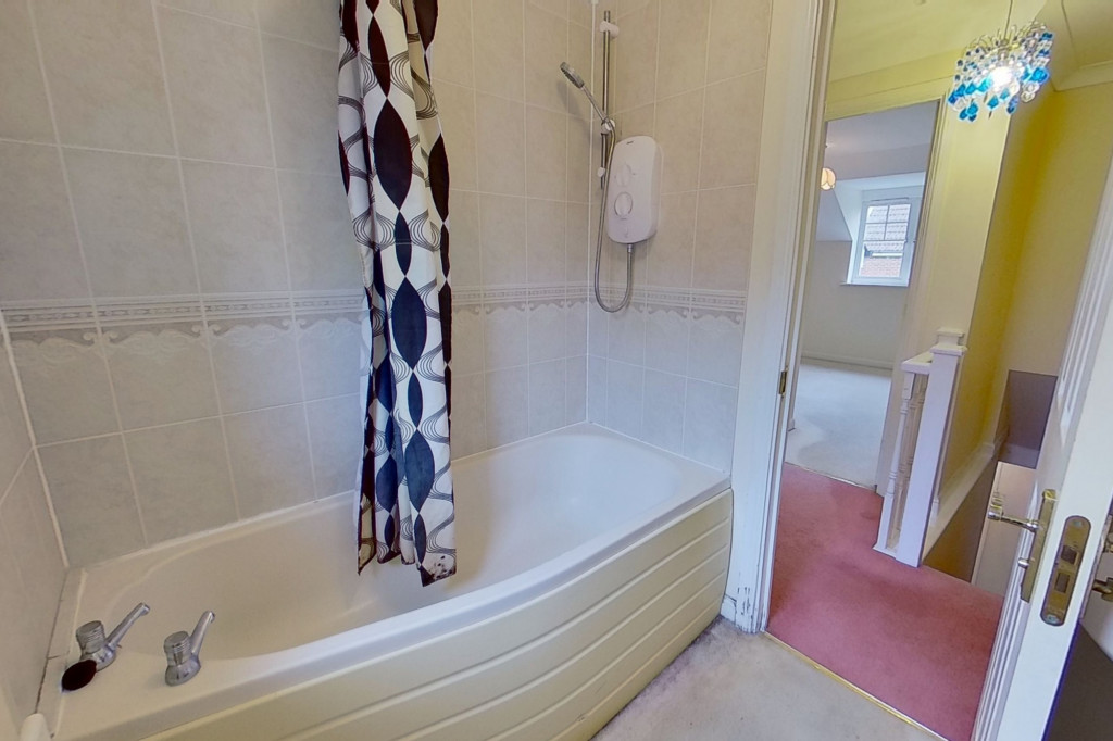 2 bed terraced house for sale in Emperor Way, Kingsnorth, Ashford  - Property Image 6