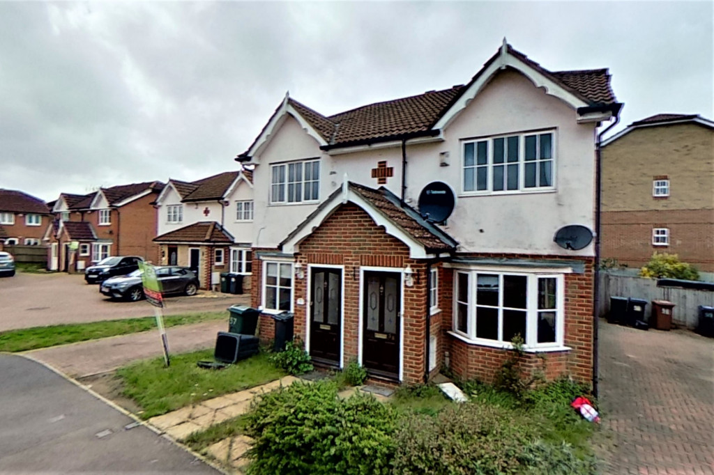 2 bed semi-detached house for sale in Manor House Drive, Park Farm, Ashford - Property Image 1