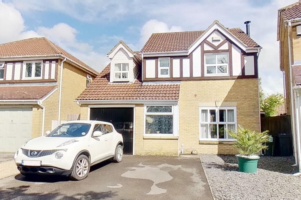 4 bed detached house for sale in Chestnut Lane, Ashford - Property Image 1