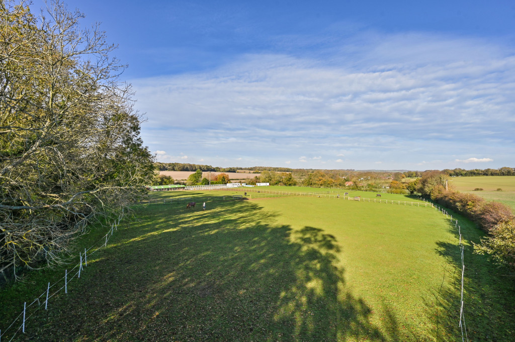 4 bed detached house for sale in Diamond Farm, Coxhill Road, Shepherdswell, Dover 18