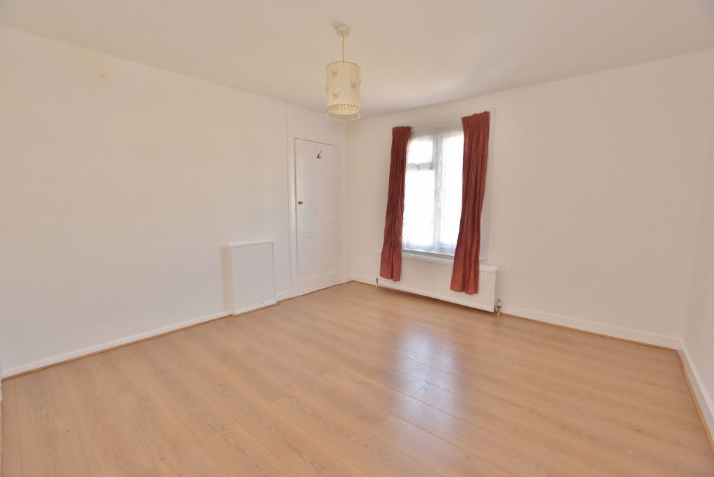 2 bed terraced house for sale in Kingsnorth Road, Ashford  - Property Image 8