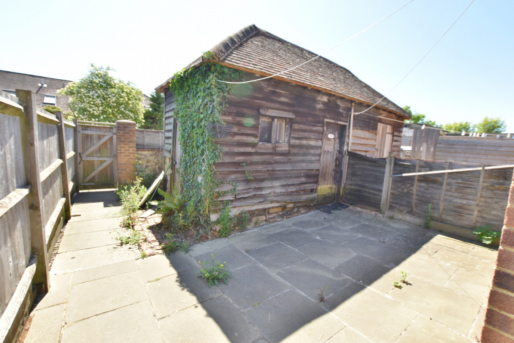 2 bed terraced house for sale in Kingsnorth Road, Ashford 10