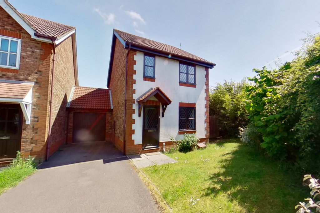 3 bed detached house for sale in Smithy Drive, Kingsnorth, Ashford - Property Image 1
