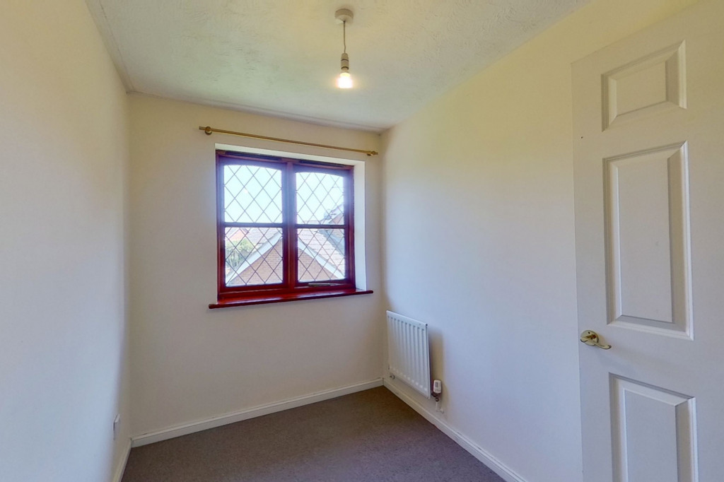 3 bed detached house for sale in Smithy Drive, Kingsnorth, Ashford 7