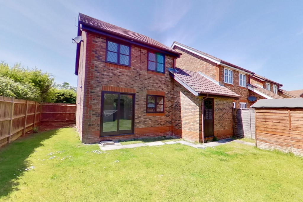 3 bed detached house for sale in Smithy Drive, Kingsnorth, Ashford  - Property Image 10