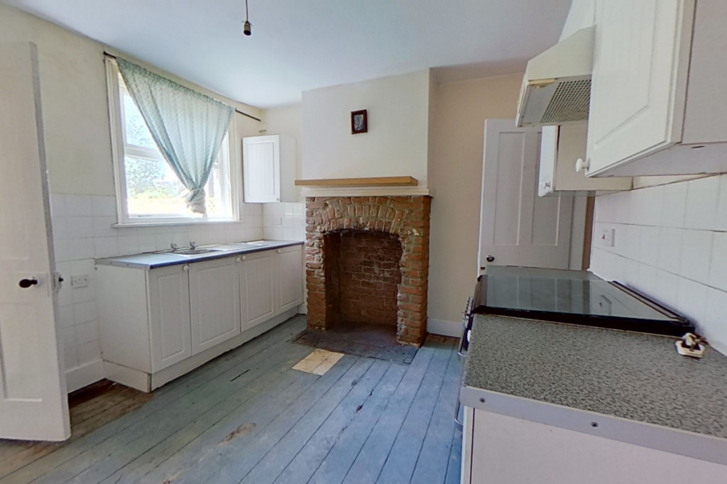 2 bed terraced house for sale in Grecian Street, Maidstone 2