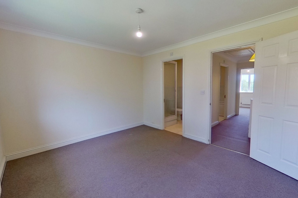 3 bed semi-detached house for sale in Forest Avenue, Orchard Heights, Ashford  - Property Image 5