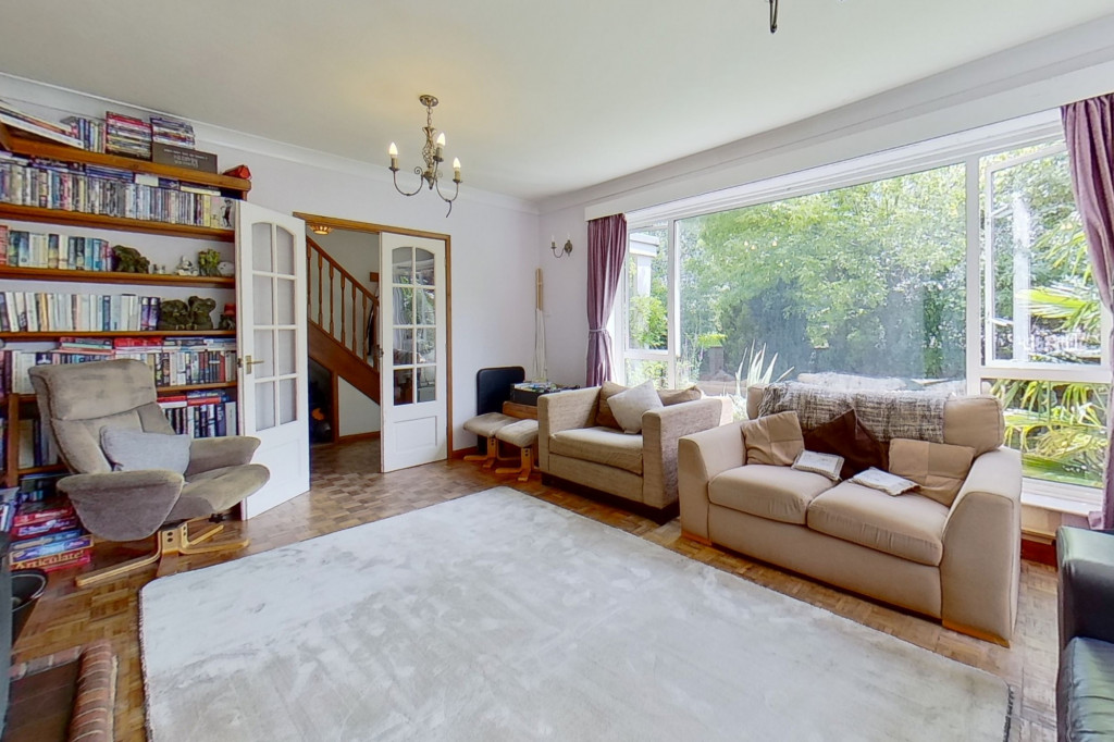 5 bed detached house for sale in Canterbury Road, Ashford 2
