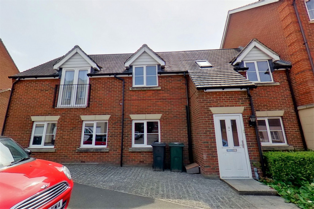 2 bed link detached house for sale in Ordinance Way, Repton Park, Ashford 0