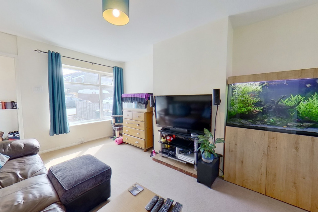 3 bed end of terrace house for sale in Mead Road, Willesborough, Ashford  - Property Image 3