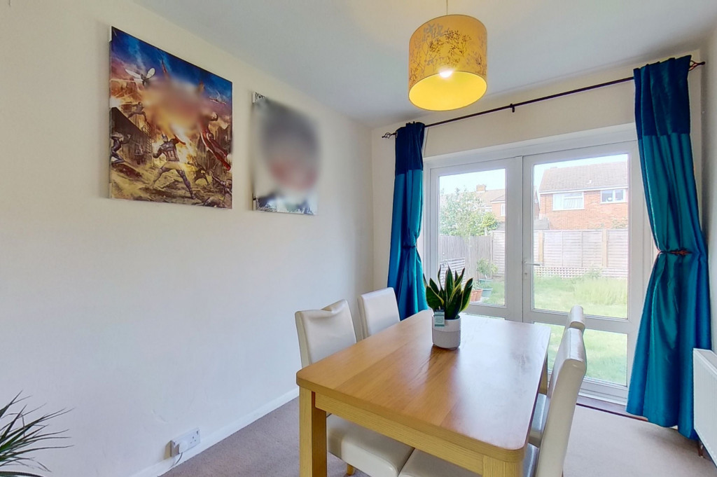 3 bed end of terrace house for sale in Mead Road, Willesborough, Ashford  - Property Image 4