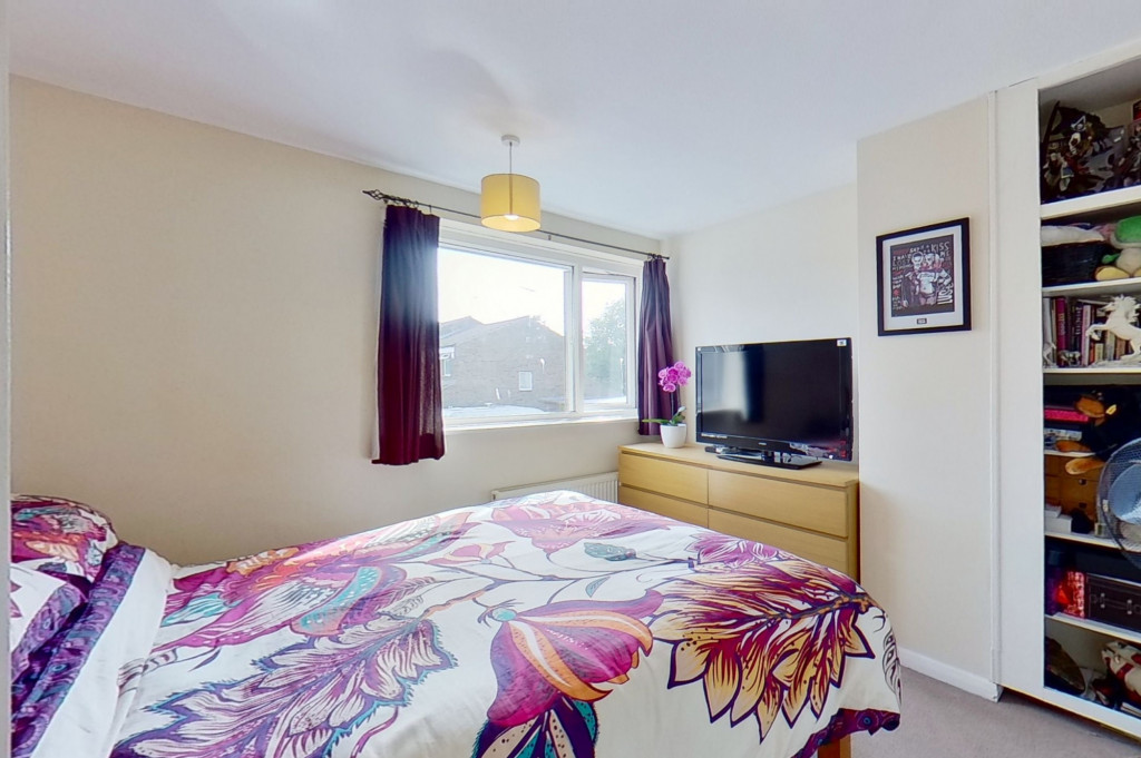 3 bed end of terrace house for sale in Mead Road, Willesborough, Ashford 5
