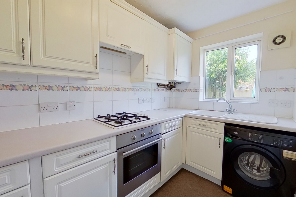 2 bed semi-detached house for sale in Manor House Drive, Ashford 3