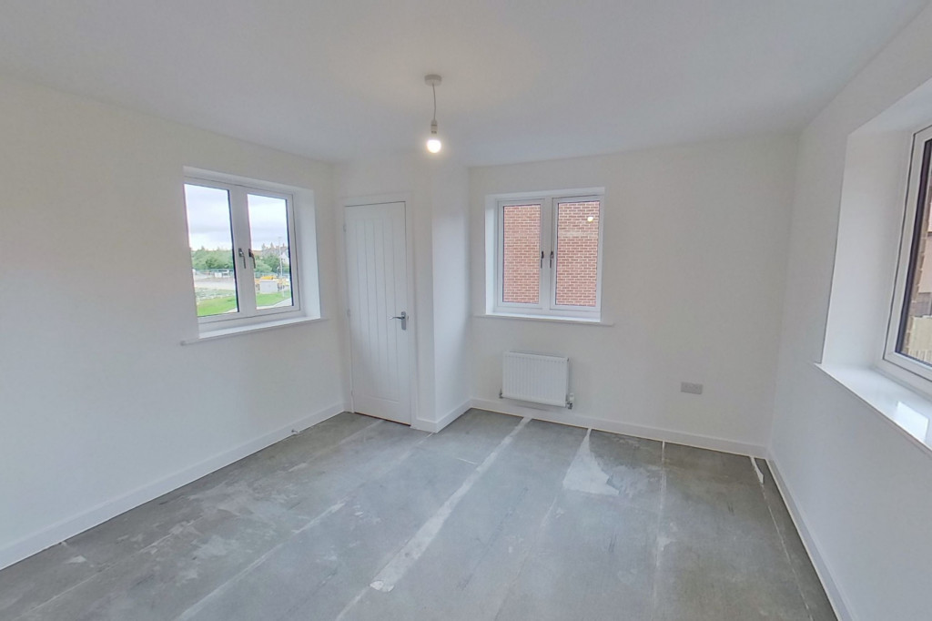 4 bed detached house to rent in Honeybee Drive, Ashford 10
