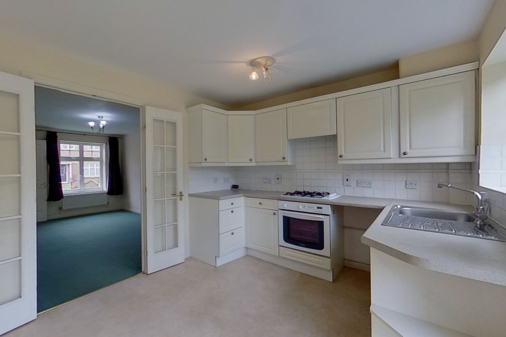 2 bed semi-detached house for sale in Gordon Close, Ashford 2