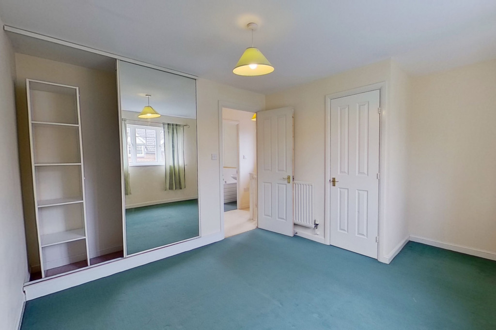 2 bed semi-detached house for sale in Gordon Close, Ashford  - Property Image 4