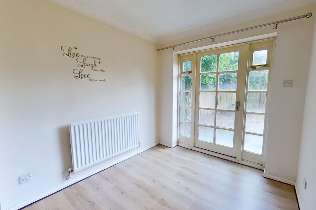 3 bed detached house for sale in Roman Way, Ashford  - Property Image 3