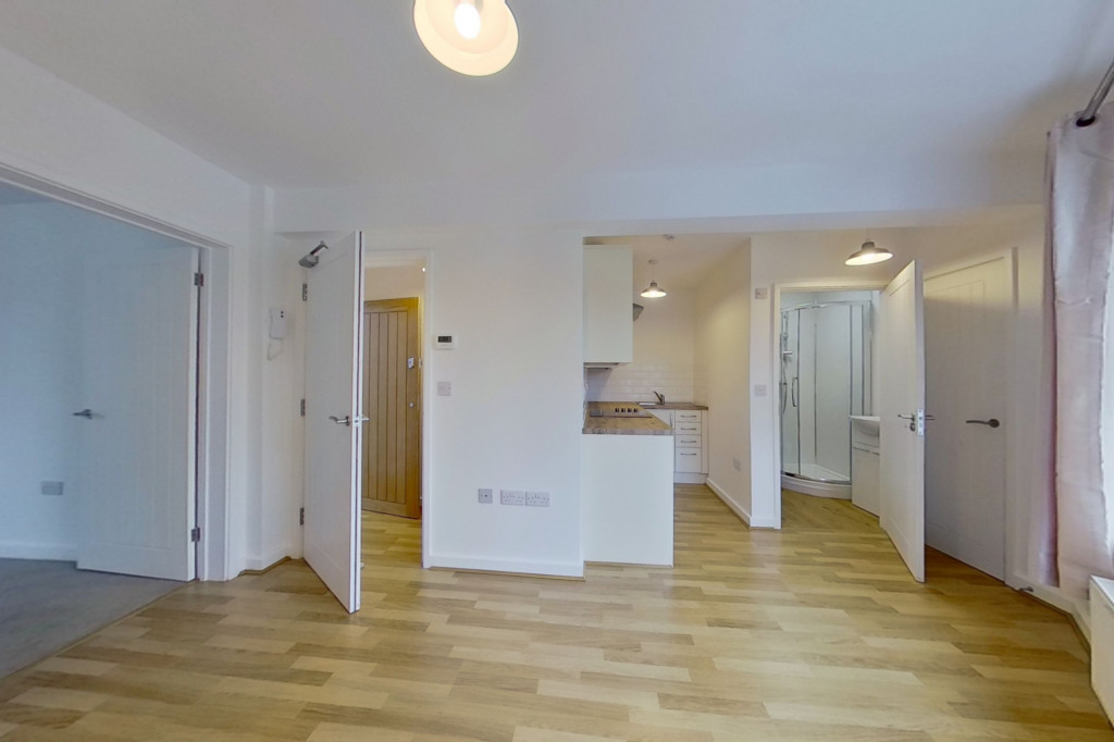 1 bed flat to rent in Essella Road, Ashford 0