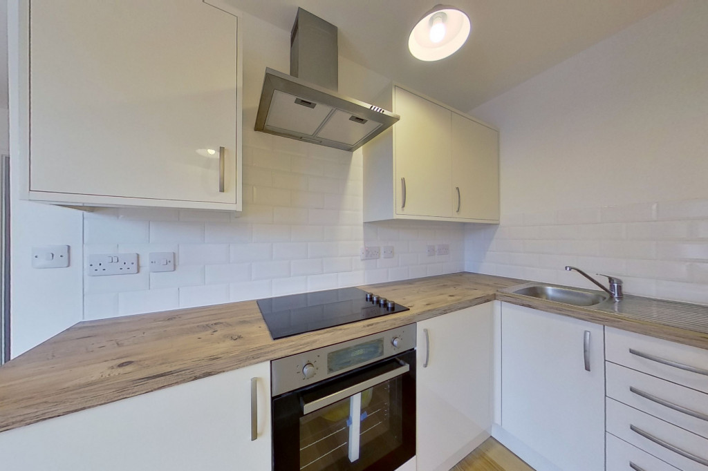 1 bed flat to rent in Essella Road, Ashford  - Property Image 2