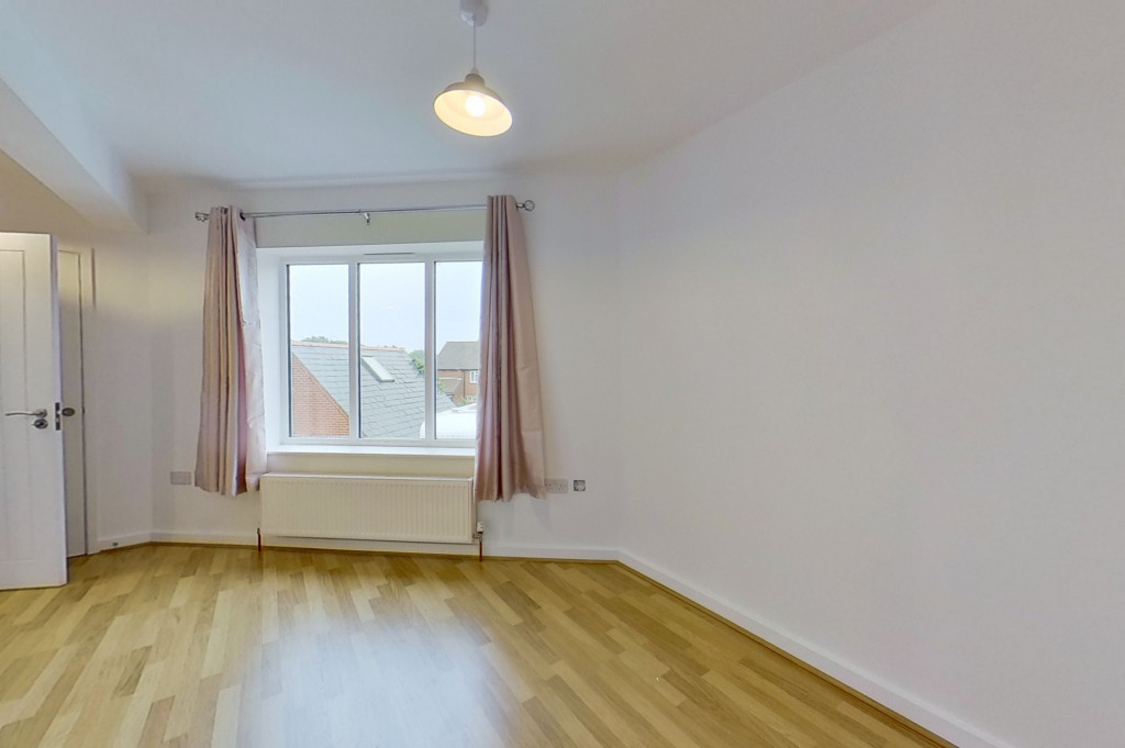 1 bed flat to rent in Essella Road, Ashford  - Property Image 3