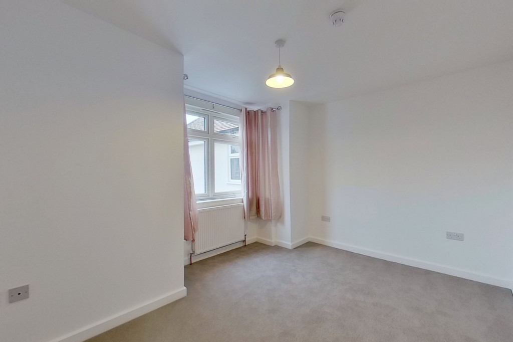 1 bed flat to rent in Essella Road, Ashford  - Property Image 4