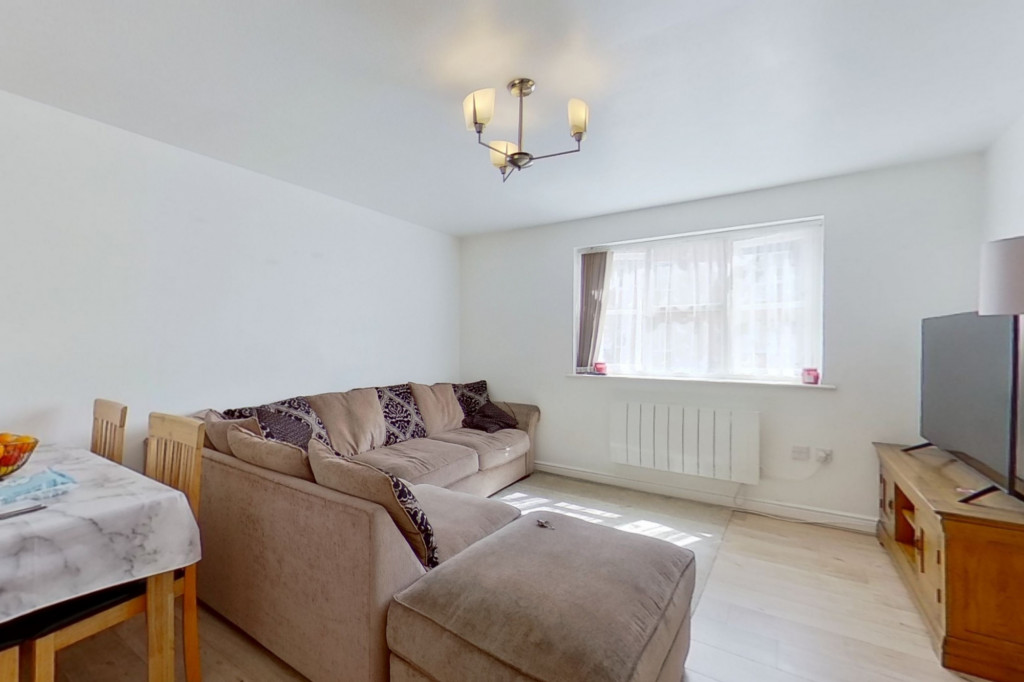 2 bed flat for sale in East Stour Way, Ashford  - Property Image 3
