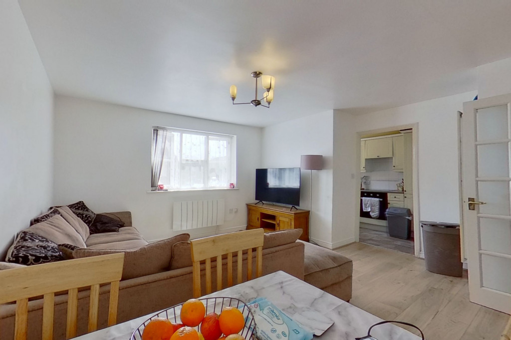 2 bed flat for sale in East Stour Way, Ashford  - Property Image 5