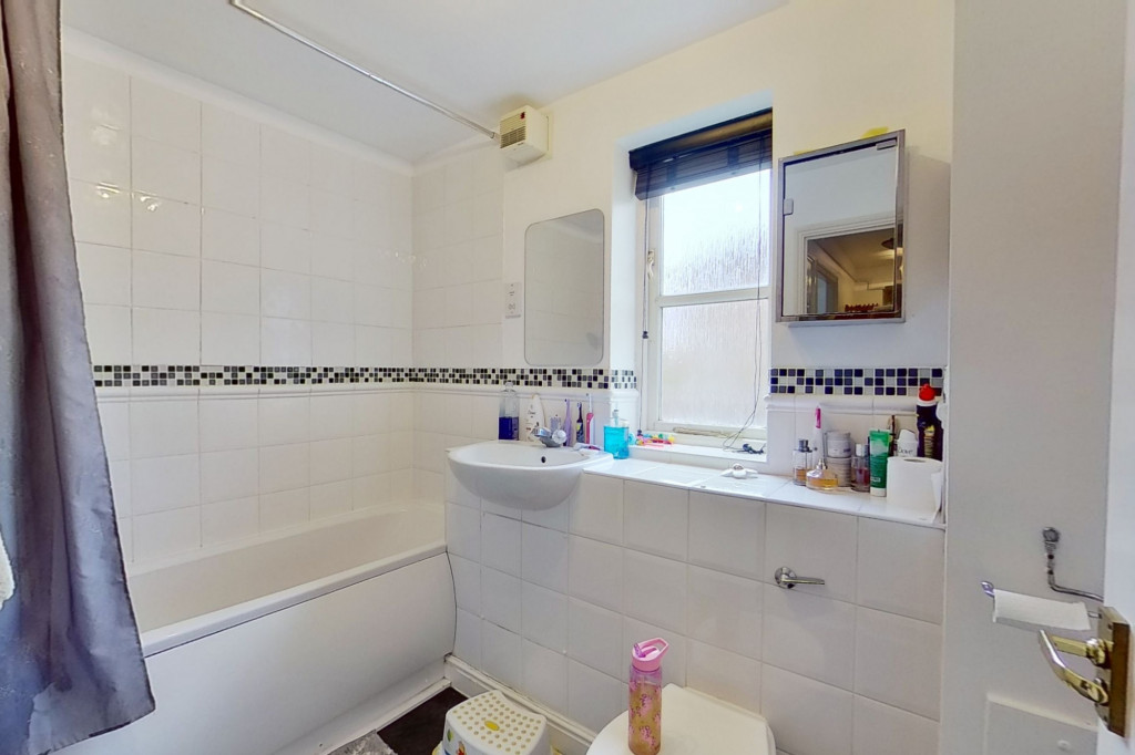 2 bed flat for sale in East Stour Way, Ashford  - Property Image 9