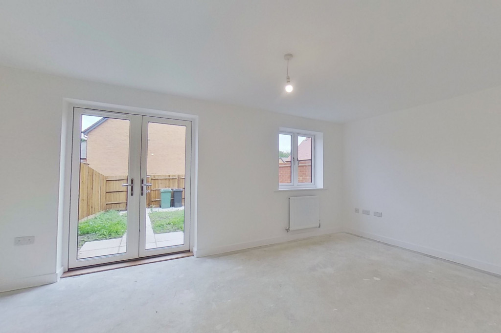 4 bed semi-detached house to rent in Heritage Road, Ashford  - Property Image 4