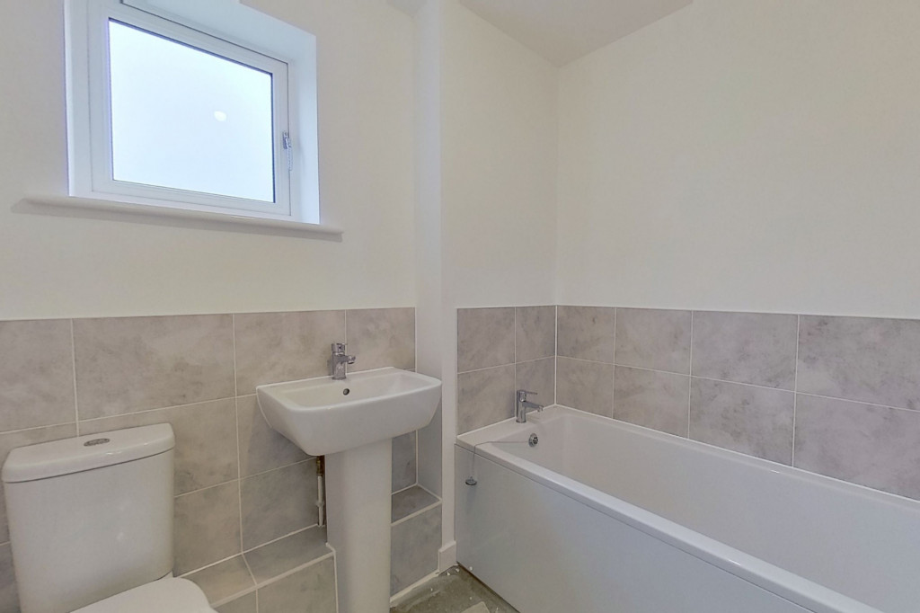 4 bed semi-detached house to rent in Heritage Road, Ashford  - Property Image 8