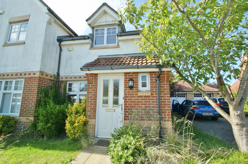 2 bed end of terrace house for sale in Pannell Drive, Hawkinge, Folkestone - Property Image 1