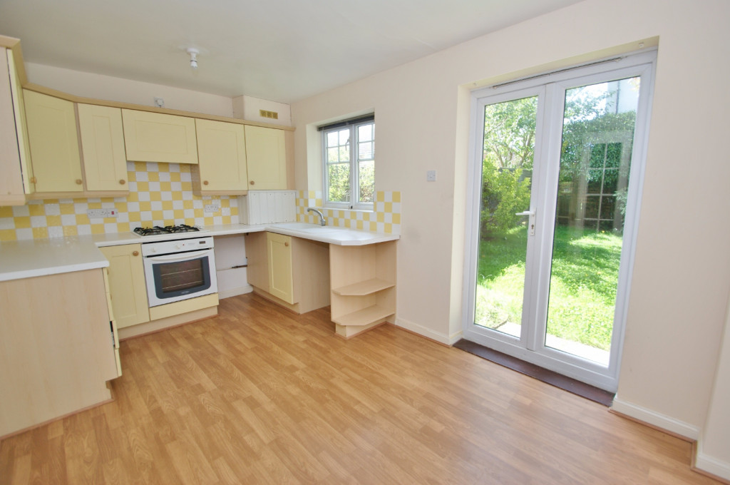2 bed end of terrace house for sale in Pannell Drive, Hawkinge, Folkestone 1