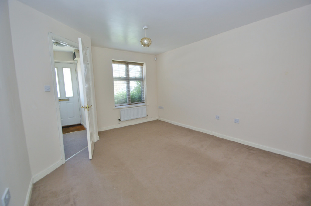 2 bed end of terrace house for sale in Pannell Drive, Hawkinge, Folkestone 3